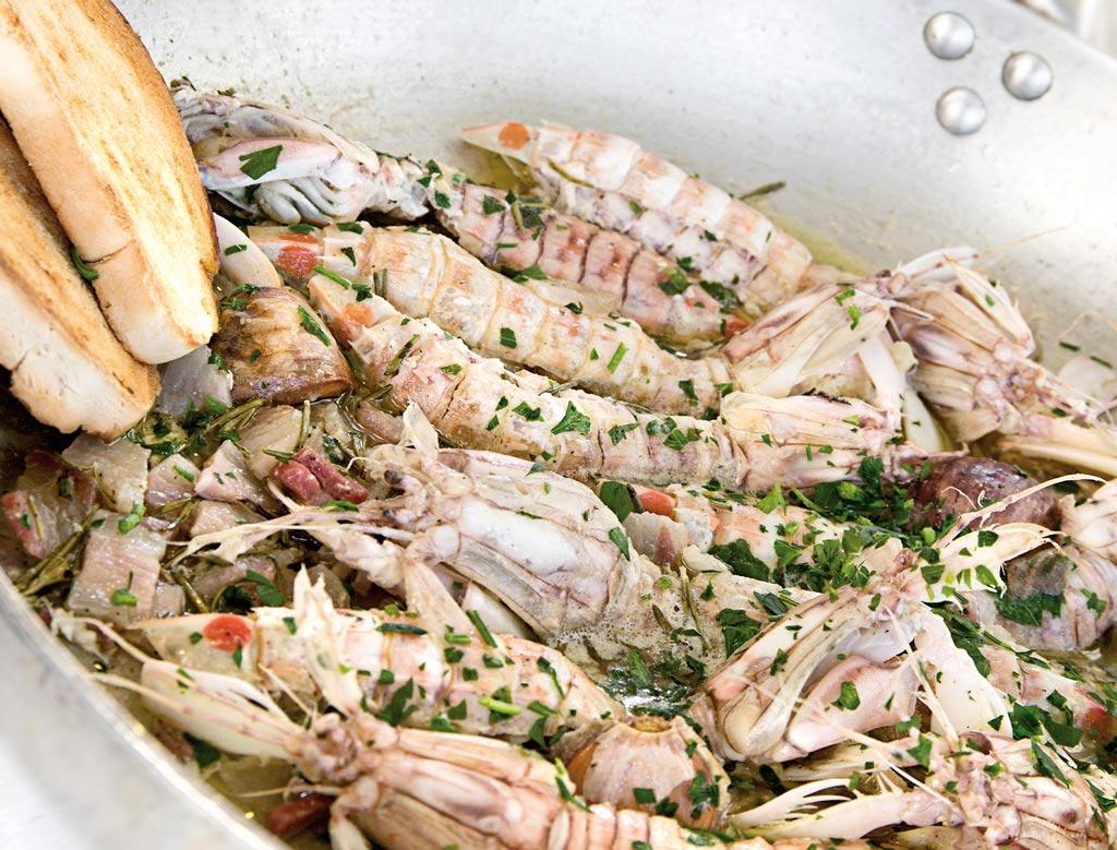 canocchie in porchetta, menu di pesce, ristoranti pesce riccione, da lele riccione