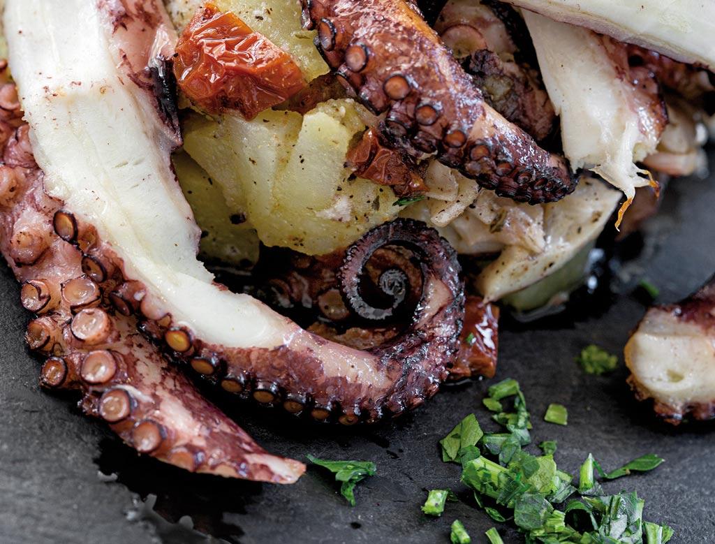 polipo con patate, piatti di pesce, menu di pesce, ristoranti pesce riccione, da lele riccione