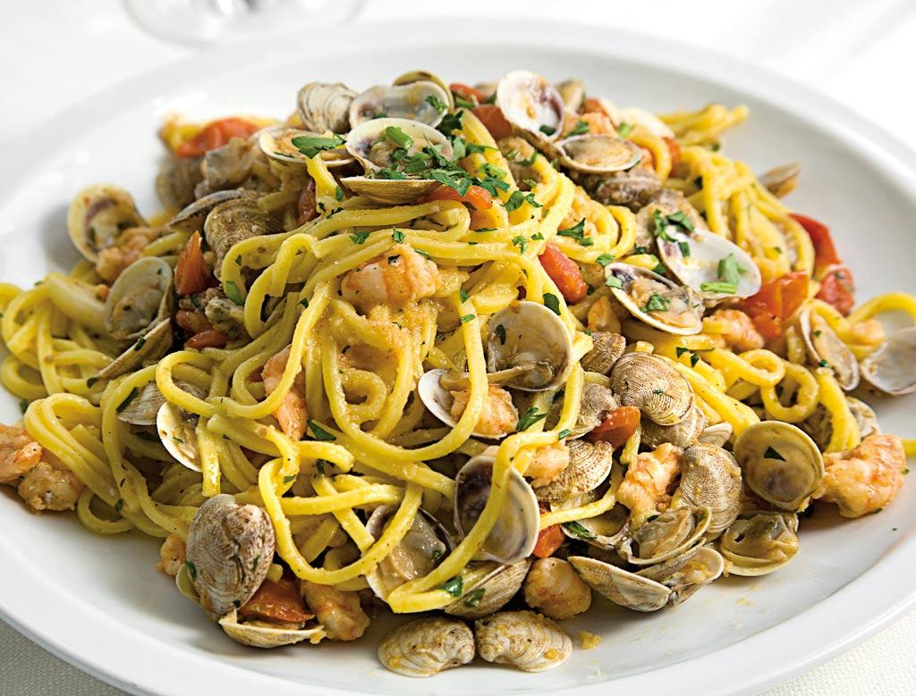 spaghetti alla chitarra, primi di pesce, menu di pesce, ristoranti pesce riccione, da lele riccione